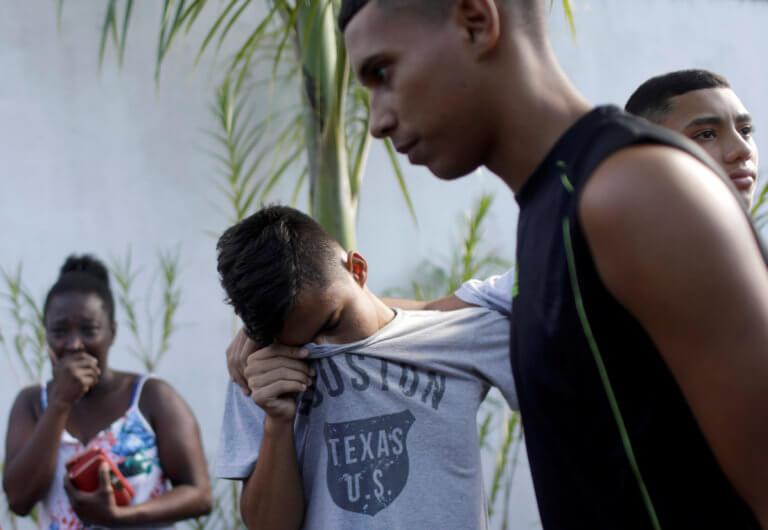 Φλαμένγκο: Ανείπωτη τραγωδία! Κάηκαν στον ύπνο τους τέσσερα παιδιά, δύο έφηβοι και τέσσερις εργαζόμενοι [pics]   Newsit.gr