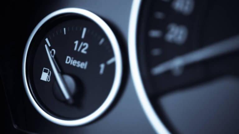 Σε ιστορικό χαμηλό οι πωλήσεις ντίζελ αυτοκινήτων το 2018 | Newsit.gr