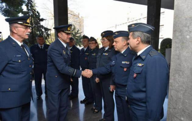 Το 251 ΓΝΑ επισκέφθηκε ο νέος Αρχηγός Γενικού Επιτελείου Αεροπορίας [pics]   Newsit.gr