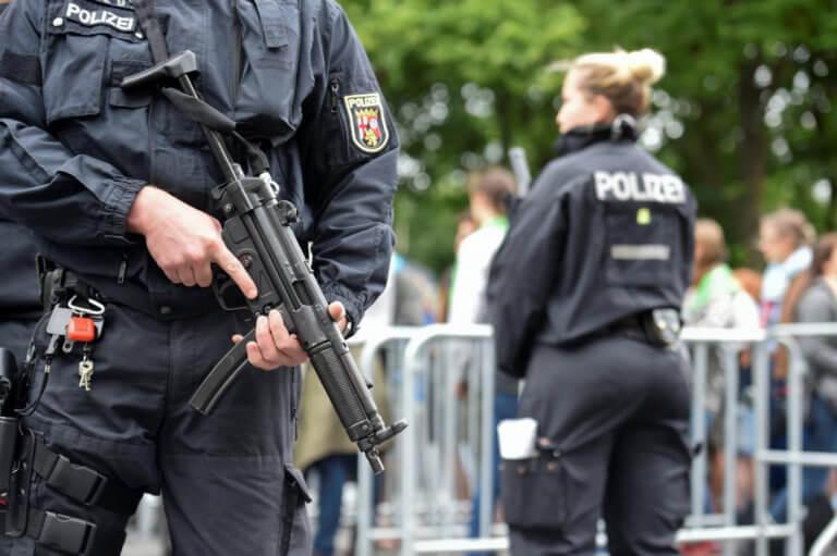 Γερμανία: Συνελήφθησαν δύο Σύροι για εγκλήματα κατά της ανθρωπότητας