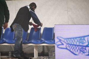 Παναθηναϊκός – Ολυμπιακός: Ο Γιαννακόπουλος άφησε κόκκινο… στρινγκ στον «ερυθρόλευκο» πάγκο! [pics]