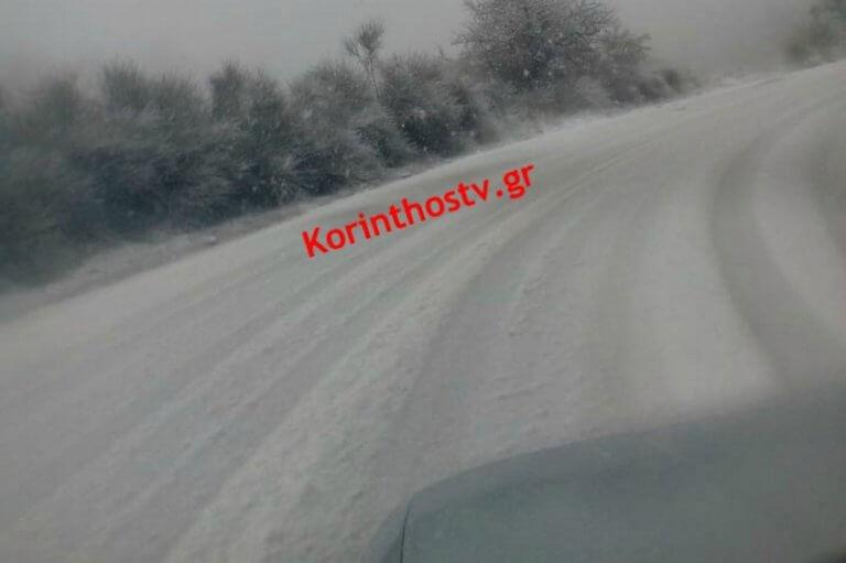 Κορινθία: Έντονη χιονόπτωση στην Καστανιά – video | Newsit.gr