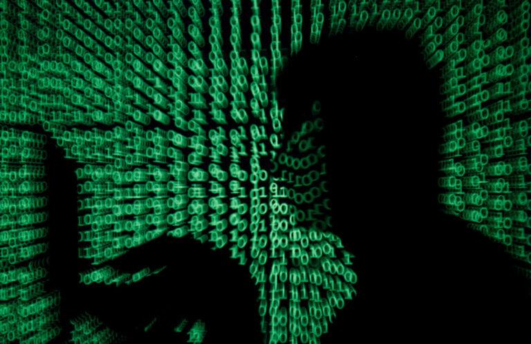 Τρομακτικά στοιχεία: Οι μισοί Αμερικανοί δέχθηκαν παρενόχληση μέσω ίντερνετ το 2018 | Newsit.gr