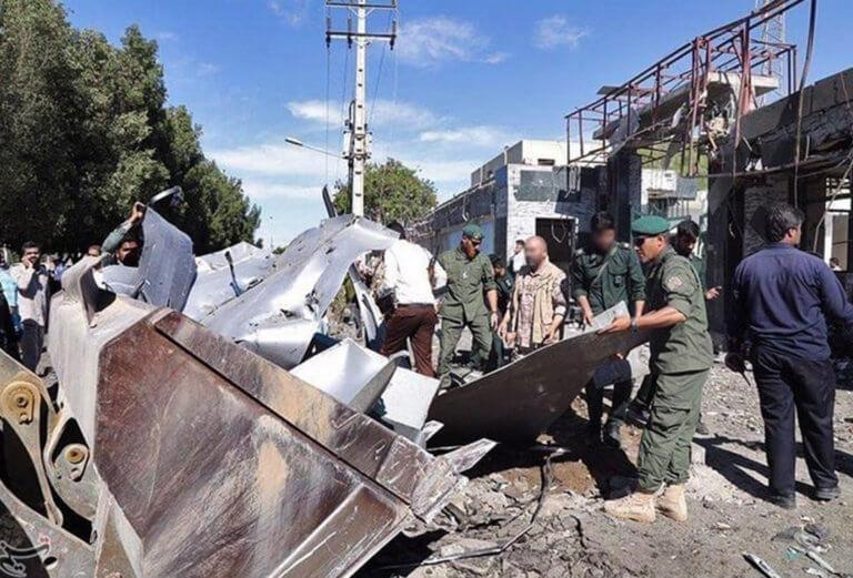 Ιράν: Τουλάχιστον 20 νεκροί από επίθεση αυτοκτονίας βομβιστή «καμικάζι» | Newsit.gr