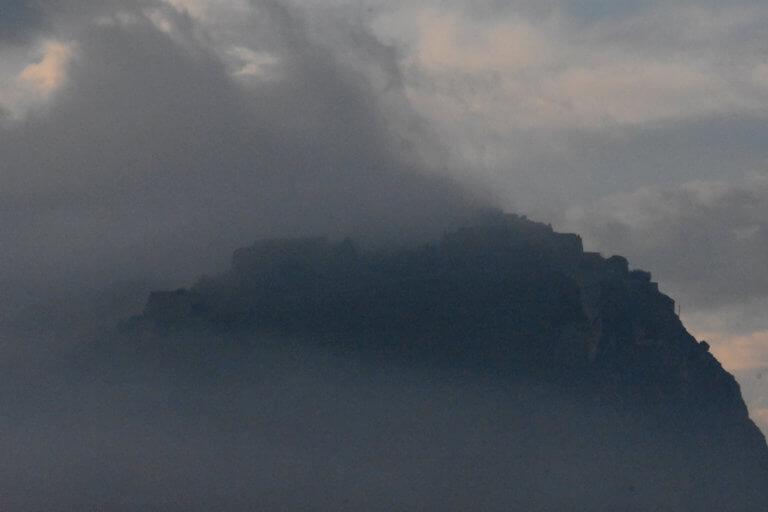 Καιρός: Σκηνές βγαλμένες… από θρίλερ το Σάββατο – Ομίχλη… παντού πριν «χαμογελάσει» ο ήλιος | Newsit.gr
