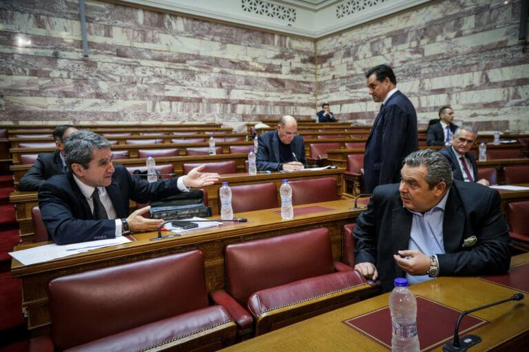 Live: Η επιτροπή της Βουλής για την ένταξη της Βόρειας Μακεδονίας στο ΝΑΤΟ | Newsit.gr