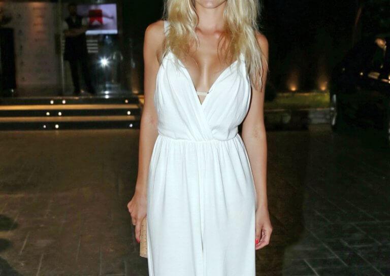 Ελληνίδα ηθοποιός παραδέχεται: «Είμαι τέσσερα χρόνια μόνη μου. Νιώθω μοναξιά και την έλλειψη της αγκαλιάς»