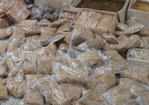 Πάτρα: Είχε πάνω από χίλιες συσκευασίες με λαθραίο καπνό!