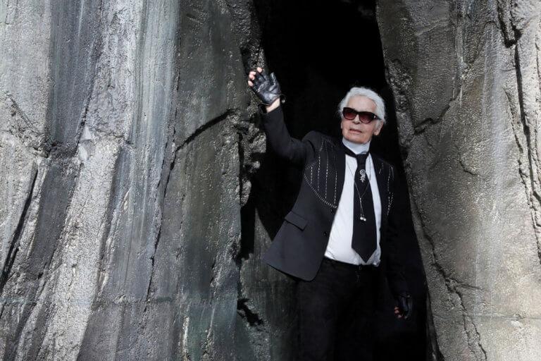 Αποτεφρώθηκε ο Καρλ Λάγκερφελντ | Newsit.gr