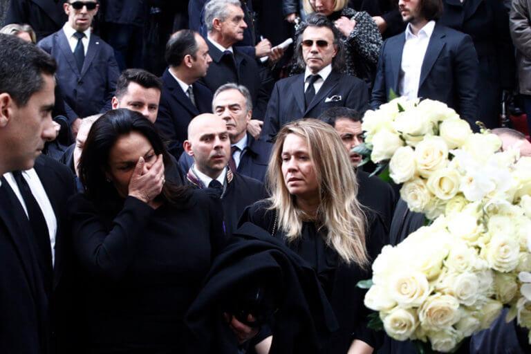 """Το σπαρακτικό τελευταίο βλέμμα – """"Λύγισε"""" η Κατερίνα Παναγοπούλου αποχαιρετώντας τον Περικλή της [pics]"""