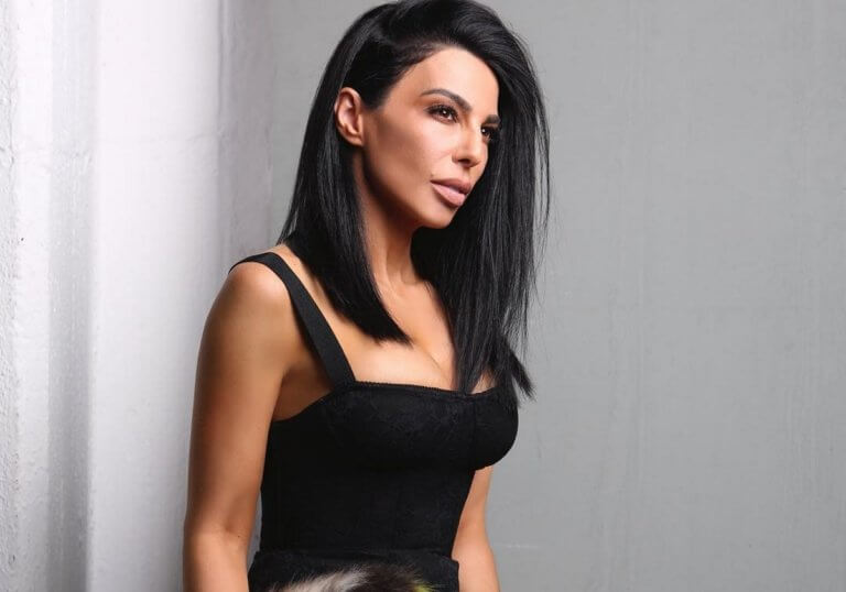Τέλος τα μαύρα μαλλιά για την Κέλλυ Κελεκίδου – Δες την εντυπωσιακή αλλαγή! [video] | Newsit.gr