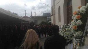 """Κρήτη: Ράγισαν καρδιές στην κηδεία της μικρούλας που """"έσβησε"""" στο νοσοκομείο"""