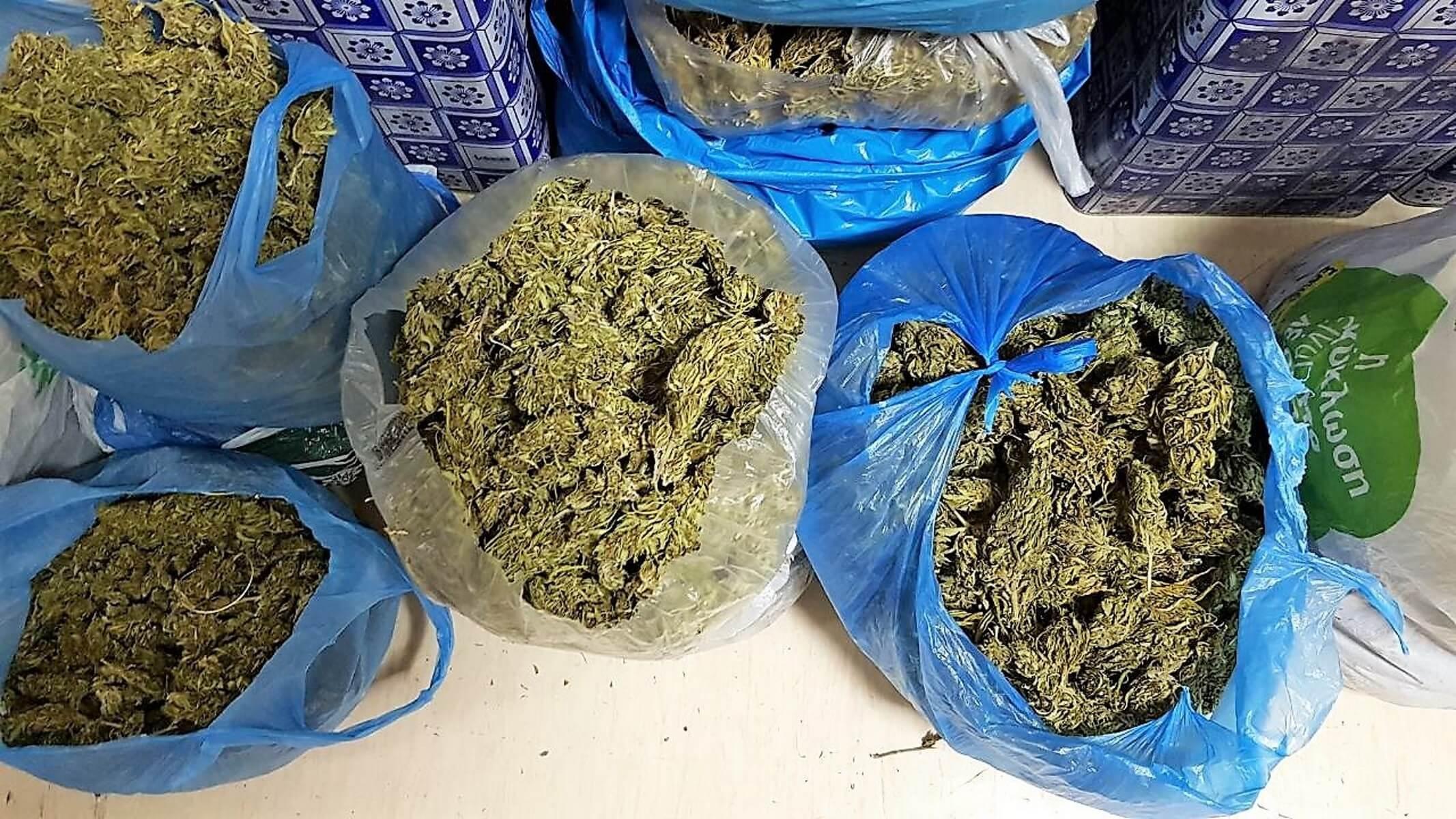 Κέρκυρα: Έκρυβε τα ναρκωτικά μέσα σε πλαστικά βαρέλια – video