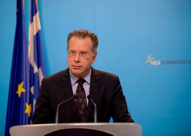 Κουμουτσάκος για την επικήρυξη των 8: Υπονομεύουν την επίσκεψη Τσίπρα! | Newsit.gr