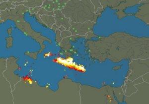 Κρήτη: Απίστευτες εικόνες με βροχή κεραυνών – Αφρικανική σκόνη κάλυψε το Ηράκλειο [pics]