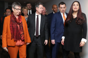 Μπηχτές και… δηλητήριο για Κόρμπιν από τους 7 βουλευτές που ανεξαρτητοποιήθηκαν