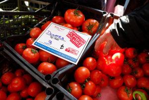 """Τουρκία: Ο """"πόλεμος"""" της… ντομάτας! Άνοιξε τις λαϊκές αγορές ο Ερντογάν!"""