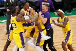 NBA: Ο Ρόντο «σκότωσε» τους Σέλτικς στο φινάλε – Σπουδαία νίκη για Λέικερς – video