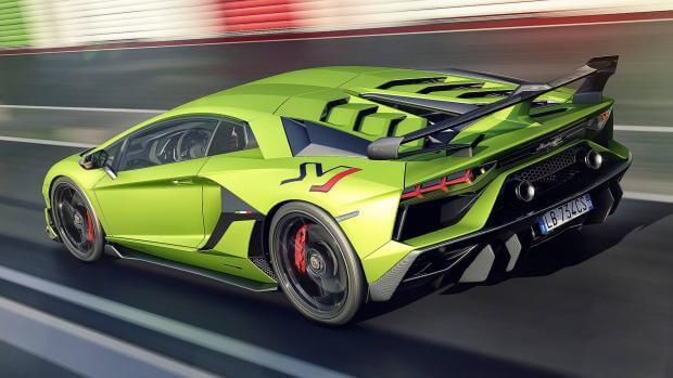Η Lamborghini καταργεί το πρόθεμα LP από τα ονόματα των μοντέλων της