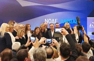 Άστραψαν τα φλας στη Λάρισα για τη Μαρέβα Γκραμπόφσκι – Μητσοτάκη