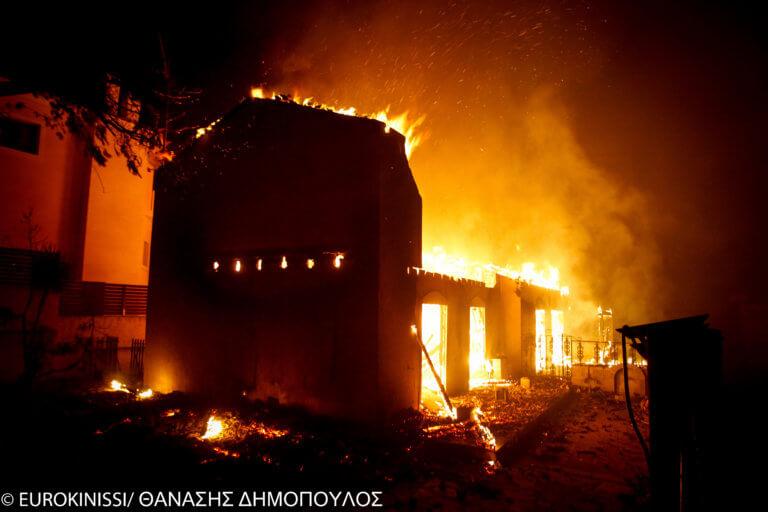 Πόρισμα – φωτιά για την πολύνεκρη πυρκαγιά στο Μάτι: Χάος στον κρατικό μηχανισμό | Newsit.gr