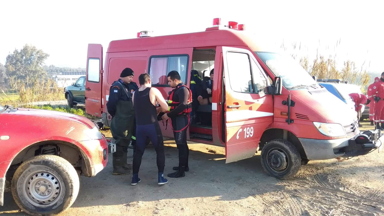 Θρίλερ χωρίς τέλος για τους τέσσερις αγνοούμενους στη Μεσσαρά – Κανένα σημείο ζωής – Δύτες θα ερευνήσουν την περιοχή