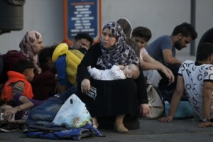 Έκθεση «κόλαφος» από το Συμβούλιο της Ευρώπης: Κακομεταχείριση μεταναστών στην Ελλάδα