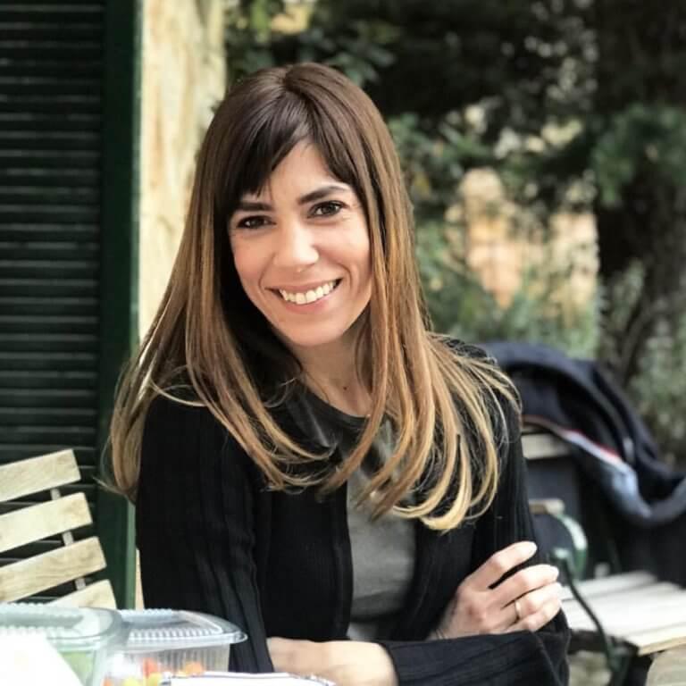 Μυρτώ Αλικάκη: Γυρνά το χρόνο πίσω και δημοσιεύει φωτογραφία πριν από 20 χρόνια! | Newsit.gr