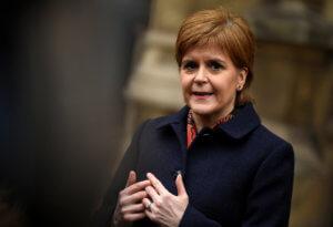 "Brexit: ""Ούτε… λίγο έτοιμη"" η Μέι λέει η Σκοτία!"