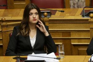 """""""Λεφτά υπάρχουν"""" στο Μακεδονίας – Θράκης: Θύελλα για τις επιχορηγήσεις της Νοτοπούλου"""