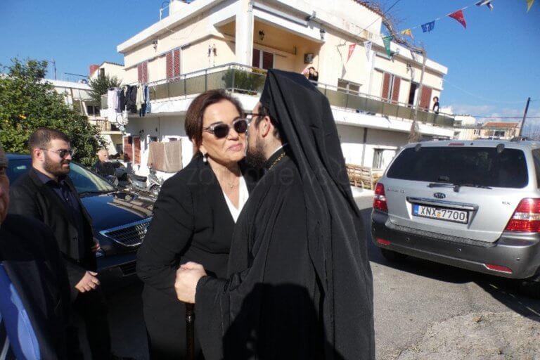 Χανιά: Θερμή υποδοχή της Ντόρας Μπακογιάννη στον Άγιο Χαράλαμπο [pics] | Newsit.gr