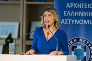 Παπακώστα: Βέτο στην Αλβανία εάν δεν σεβαστεί την Ελληνική μειονότητα