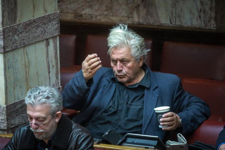 Ποιος Λάνθιμος; Ο… Βούτσης «υπογράφει» το «The Favourite» με πρωταγωνιστές Τσίπρα, Καμμένο, Παπαχριστόπουλο | Newsit.gr