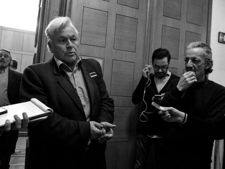 Παπαχριστόπουλος στο newsit.gr: «Η έδρα είναι δανεική» – Πότε θα παραιτηθεί | Newsit.gr