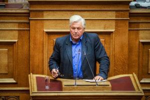 Παραιτείται σήμερα ο Θανάσης Παπαχριστόπουλος – Θρίλερ με το που θα καταλήξει η έδρα