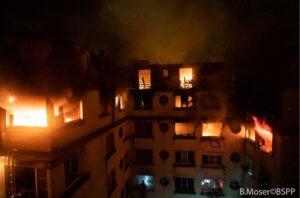 Παρίσι: Τους έκαψε ζωντανούς! Συνελήφθη γυναίκα για εμπρησμό – Φόβοι και για άλλα θύματα [pics, video]