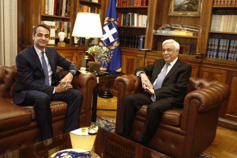 Θέλουν ή όχι τον Παυλόπουλο για Πρόεδρο στη ΝΔ; – Το παρασκήνιο και τι θα βαρύνει στην επιλογή Μητσοτάκη | Newsit.gr