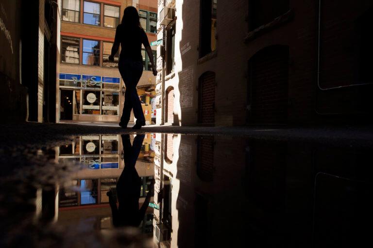 Γυναίκα με άνοια χάθηκε και διένυσε 640 χιλιόμετρα με τα πόδια! | Newsit.gr