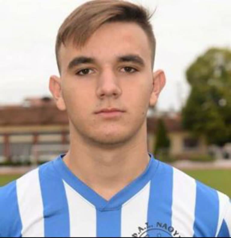 Θρήνος! Ξεψύχησε μέσα στο γήπεδο ο 17χρονος Χρήστος Πετρίδης | Newsit.gr