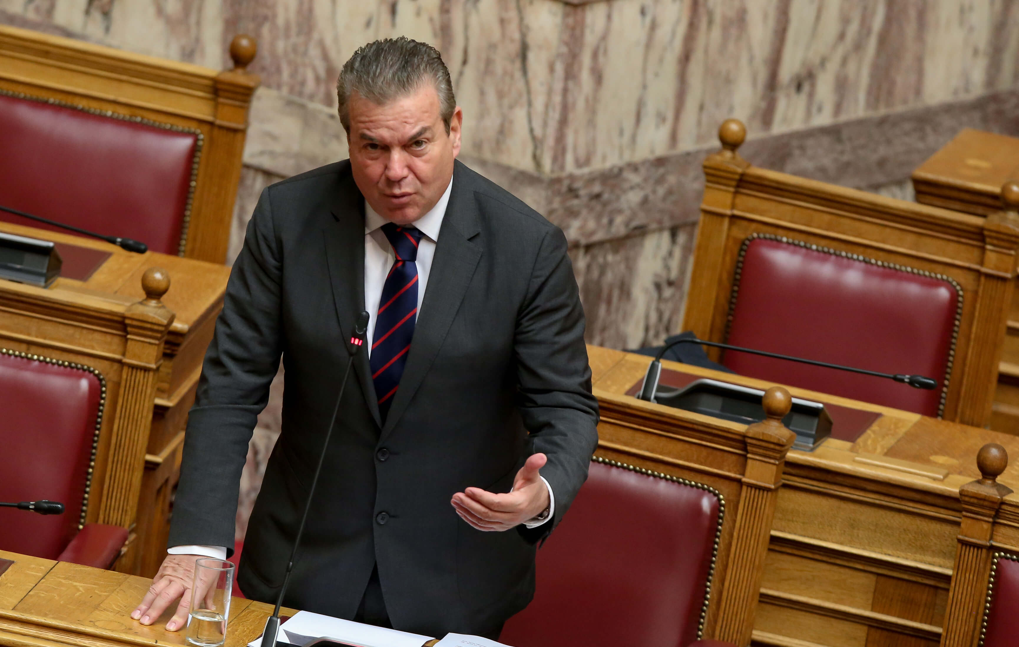 Πετρόπουλος: Το πλεόνασμα του ΕΦΚΑ μας επιτρέπει να προχωρήσουμε στις 120 δόσεις