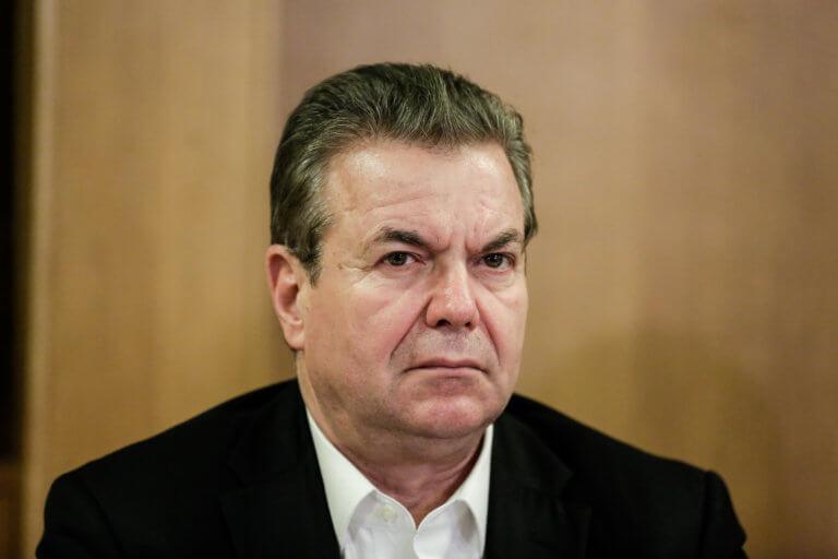 Θεοδωράκης για Πετρόπουλο: Ντροπή, μόνο ντροπή! | Newsit.gr