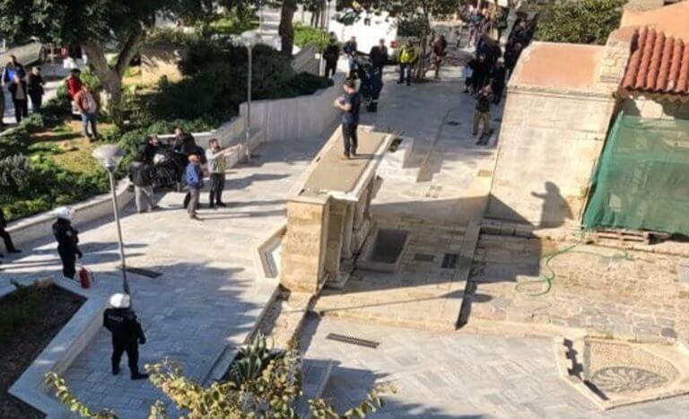 Ηράκλειο: Αίσιο τέλος στο θρίλερ με τον πατέρα που απειλούσε να αυτοπυρποληθεί μπροστά στα παιδιά του [pics] | Newsit.gr