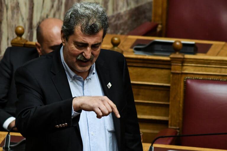 Πάλι στο facebook ο Πολάκης – Επίθεση στον Διονύση Σαββόπουλο