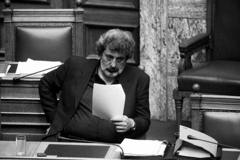 Πολάκης κατά Κυμπουρόπουλου: Παρά τις «ντρίμπλες», η «ζημιά» δεν μαζεύεται