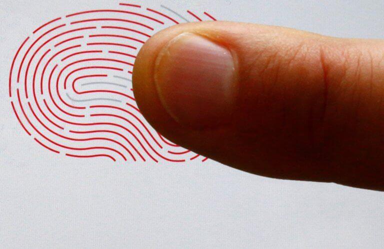 Ρολόι… μπαμπούλας θα «λέει» την διάρκεια ζωής σου! Δυστοπία ή εξέλιξη με την ψηφιακή ταυτότητα; | Newsit.gr