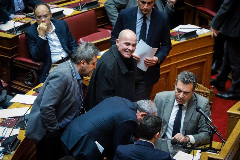 Ανατροπή! Δεν πέρασε το άρθρο 3 για τις σχέσεις Κράτους – Εκκλησίας στην ψηφοφορία στη Βουλή! | Newsit.gr