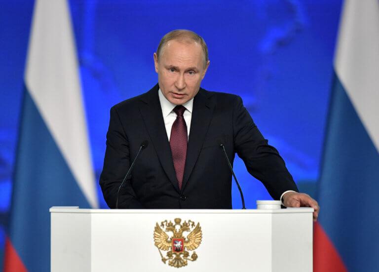 Υποσχέσεις Πούτιν για άμεση βελτίωση του βιοτικού επιπέδου των Ρώσων