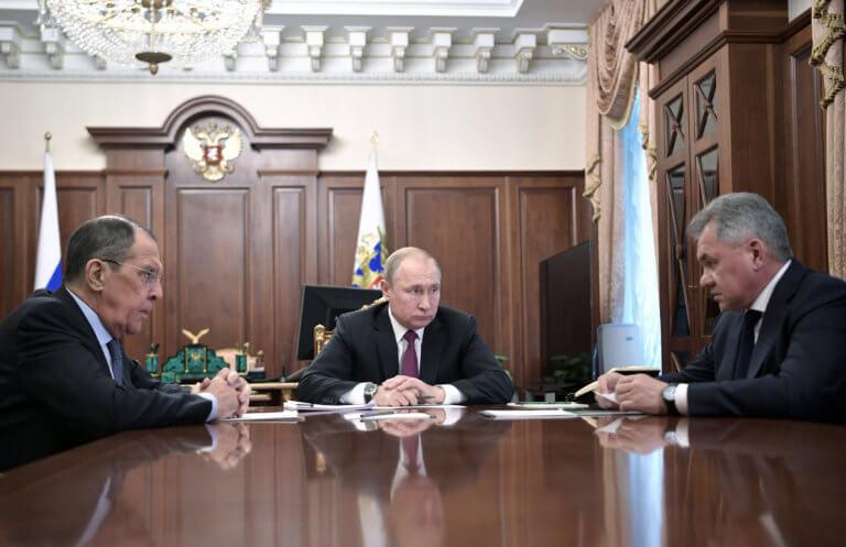 Φεύγει και η Ρωσία από τη Συνθήκη για τα πυρηνικά – Σόου Πούτιν   Newsit.gr