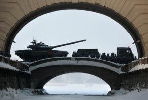 Η Ρωσία δανείζει την Κούβα για να αγοράσει ρωσικά όπλα