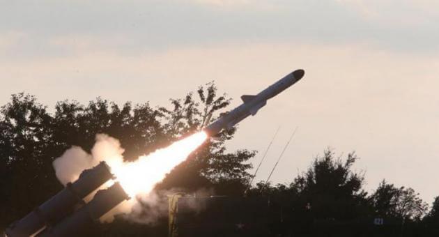 """Αυτά είναι τα οπλικά συστήματα του Πούτιν που είναι έτοιμα να """"στοχεύσουν"""" τη Δύση! [vid]"""